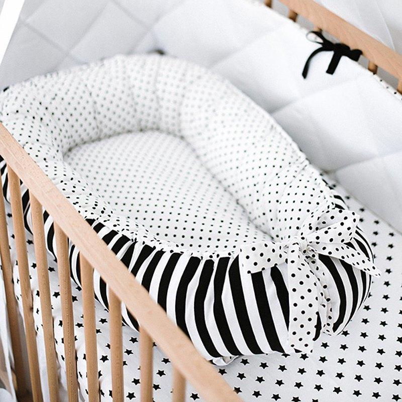 單色圓點嬰兒窩-嬰兒睡床-新生兒依偎窩