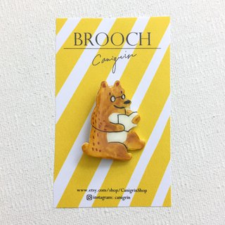 Love reading book bear brooch handmade illustration jewelry pin badge