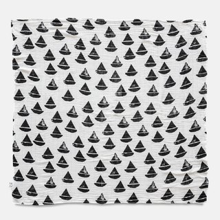 Organic cotton gauze wrap (sailboat – black and white) – BOAT BOAT MUSLIN BLANKET