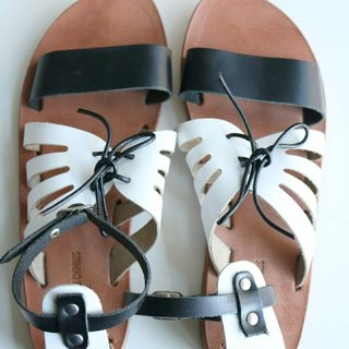 Clearing} {LovefromCyprus exhibits black and white ankle strap sandals EU38 (there are real diagram)