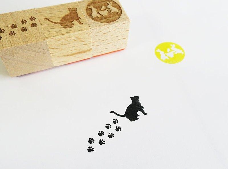 Tsukimi Cat Hanko Set禮物包裝的聖誕禮物