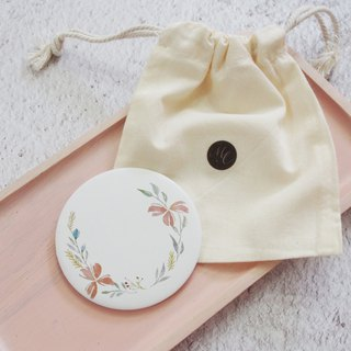 Mstandforc Pastel flower Pocket Mirror with bag | Florals with gold foil service
