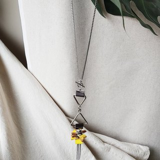 AMI Necklace :MUSTARD