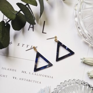 La Don - Stone Triangle Geometric Dark Blue Black Ear Pins