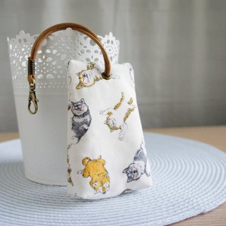 Lovely [Japanese cloth] Shiba Inu three-dimensional tea bag zipper key bag ID card available, beige