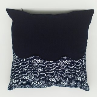 Hand Dyeing blue cloth pillow cover