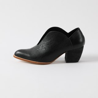 ZOODY / pebble / handmade shoes / with curved shoes / black