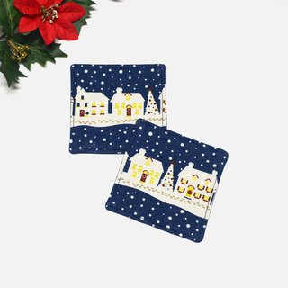 Snowing at Holly night coaster set of 2
