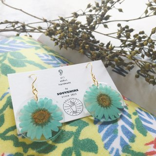 | Souvenirs | original handmade eternal flower 30mm mint green chrysanthemum flower 925 gold plated earrings ear stud