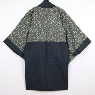 Back to Green Japan brought back a male knit hand-painted version of tumbler vintage kimono