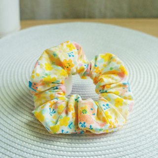 Lovely [Japanese cloth] garden bunny hair bundle, large intestine ring, donut hair bundle [yellow]