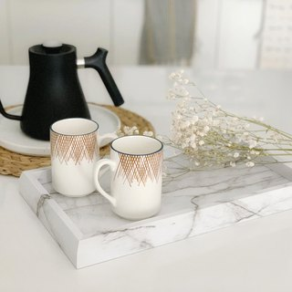 White marble embossed tray
