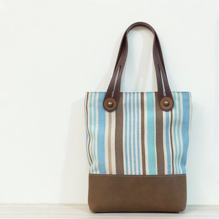 Straight line concerto leather + canvas side of the side of the package to mention the blue and coffee M only one