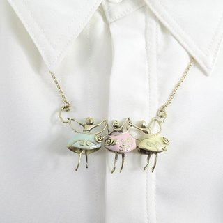 Girl Ballet pendant from WABY