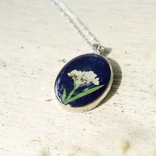 Real flower necklace - sweet memories