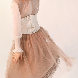 Nude color mesh transparent small pleated ribbon tied waist dress dress outside the ride
