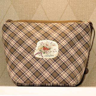 White tea color Ling grid small personal carry bag ❖ exclusive hand sewing bag ❖