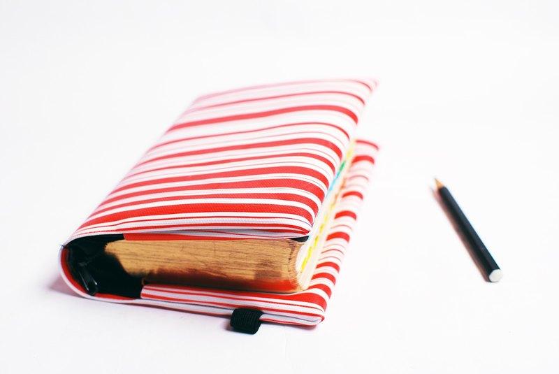 紅白。條紋---訂製聖經套 / 書套