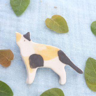 lucky cat  Three color / ceramic brooch / handmade
