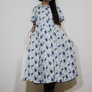 F2115 (Vintage) Blue Square Flower Bouquet Cotton Short Sleeve Vintage Dress (Wedding / Picnic / Party)