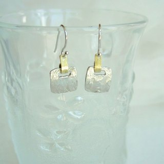 Tin earrings · square