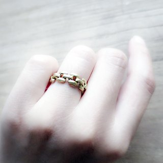 ♦ ViiArt ♦ ♦ brass chain chain ring