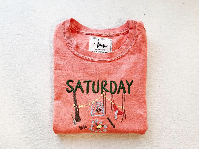 MAJA embroidery T-shrit/ Days of the week collection/ Saturday-Camping Day