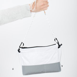 Errorism * Colour blocking shoulder bag