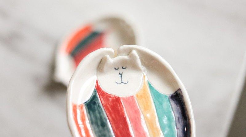 彩虹泳衣的吉普貓 飾品/沾醬小器皿 - 日本白瓷土
