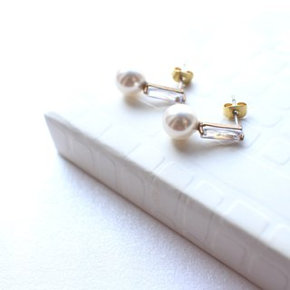 The moon light- Brass zircon earrings