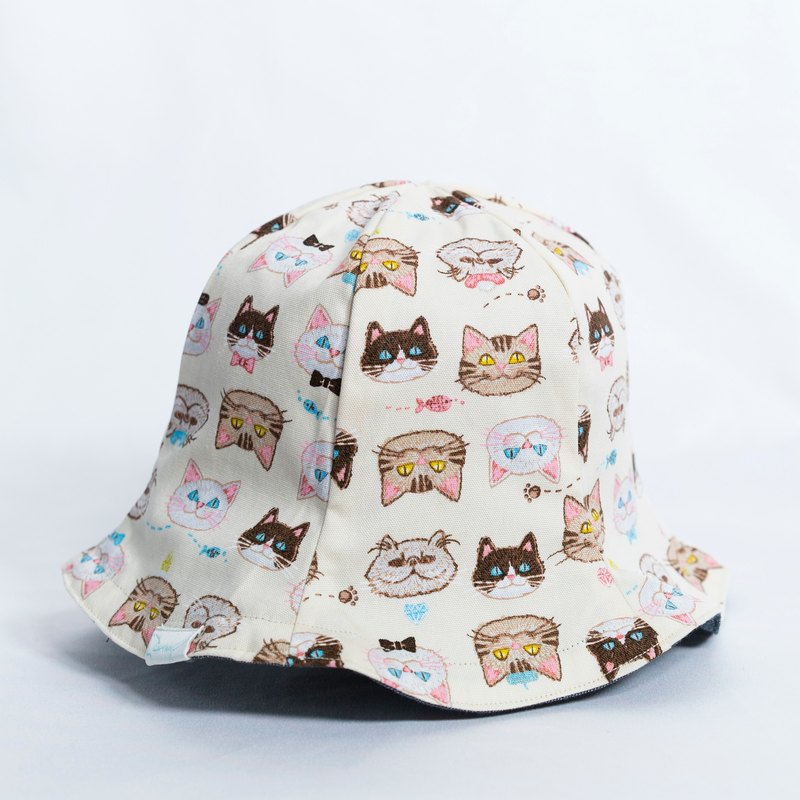 Reversible split hat -smiling meow cotton s-m