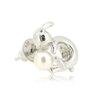 HK190 ~ white rabbit shape 925 sterling silver earrings with natural pearls