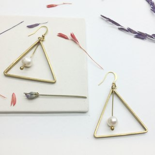 Laolin Groceries l Shanghai Pearl Series - Geometric Pearl Brass Earrings Ear Hook l Ear L Ear Clips