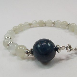 Moon with blue sky - natural silver Moonstone + Abacus sterling silver bracelet Hong Kong original design