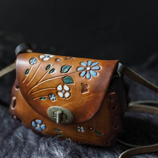 Caramel Butterfly Engraving Love Time Antique Thick Pound Leather Side Bag Small bag Vintage bag