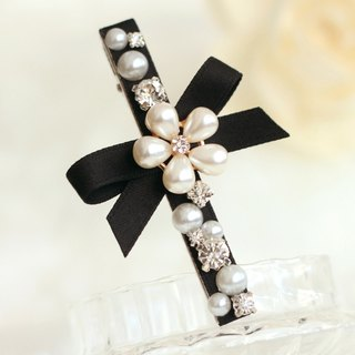 Pretty Pearl Drop Flower Hair Clip