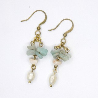 Turkish stone pearl ear clip