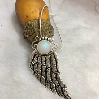 Opal Pendant Feather designed Handmade in Nepal 92.5 silver