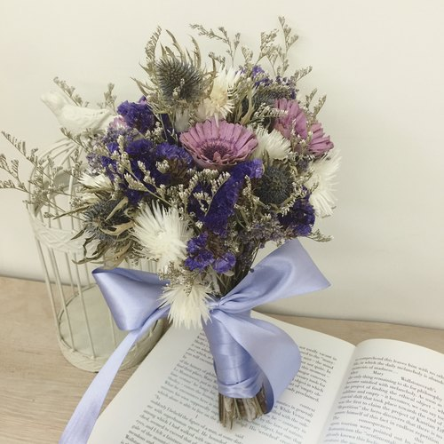 ✦ ✦ purple secret love custom wedding bouquet / hand-made dried flower bouquet / Valentine's gift shop outdoor photo photography props wedding decorations