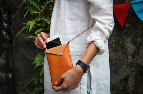 all in one 2.0: dorsal handmade leather wallet phone