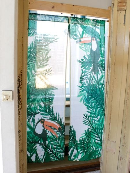 【Pre-order】 read tropical rainforest big mouth bird door curtain ✱ (green)