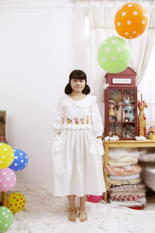 Animal embroidery white cotton lace bow dress - the basic necessities [] - [] witch cat cards - original hand-made independent