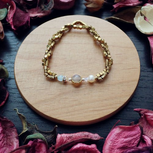 Rococo series - arbitrary court painter*Souphenir*natural stone brass bracelet