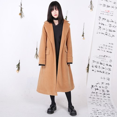 Shaoyaoju original design 16 new winter desert savior imitation plush rabbit stuffed camel coat long section