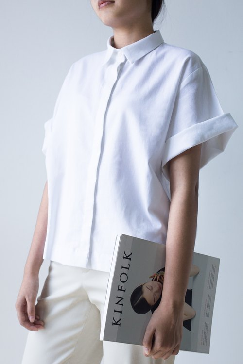 Mani Mina White Boxy Short Sleeve Shirt