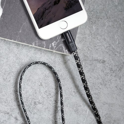 Motif | Apple Certified Braided USB Sync and Charge Flat Lightning Cable - 100cm