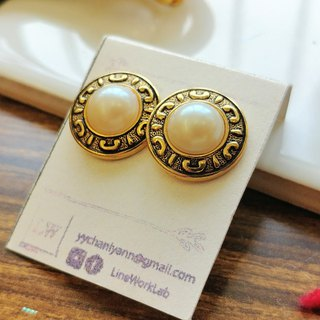 [LineWorkLab] retro gold pearl earrings rare old goods orphans