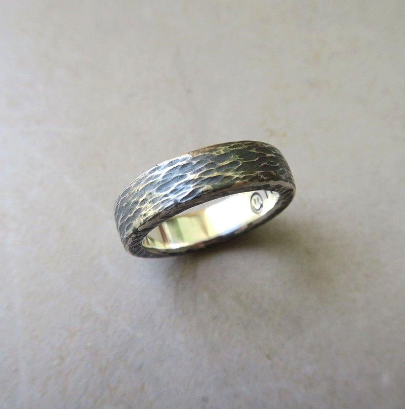 沙丘 - 純銀鍛敲戒指 - 厚實硫化版