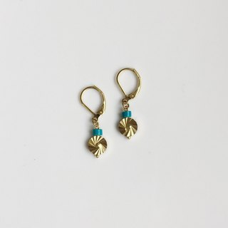 Mountain rain brass natural stone modeling earrings