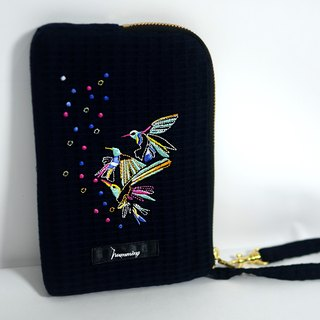 humming- embroidery clutch bag / navy blue